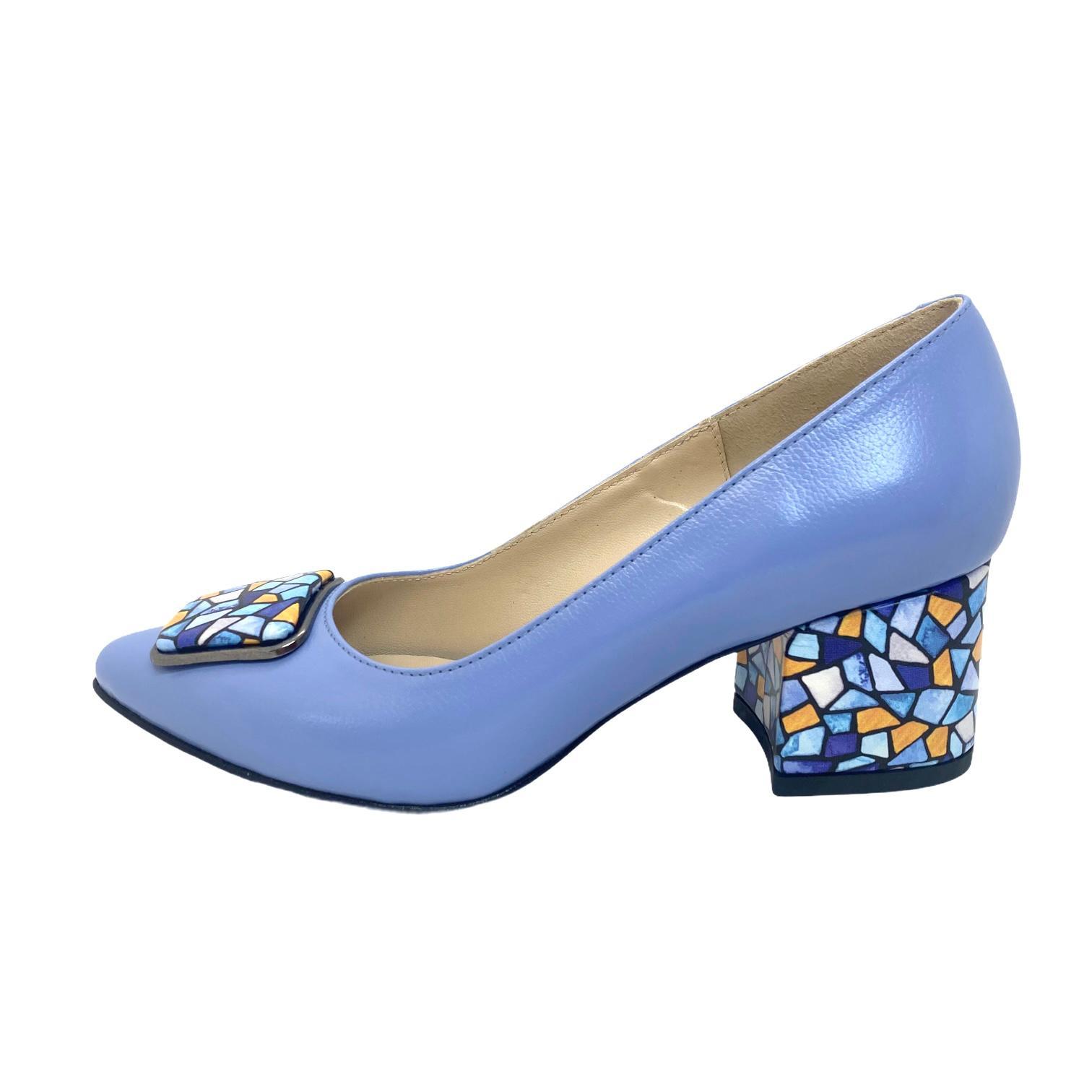 Pantofi lavanda cu accesoriu si toc cu model colorat