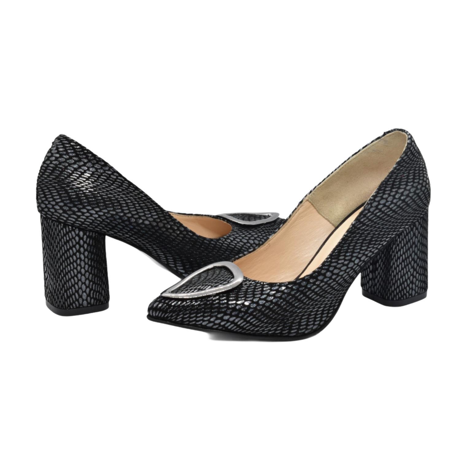 Pantofi negri cu imprimeu argintiu si accesoriu metalic