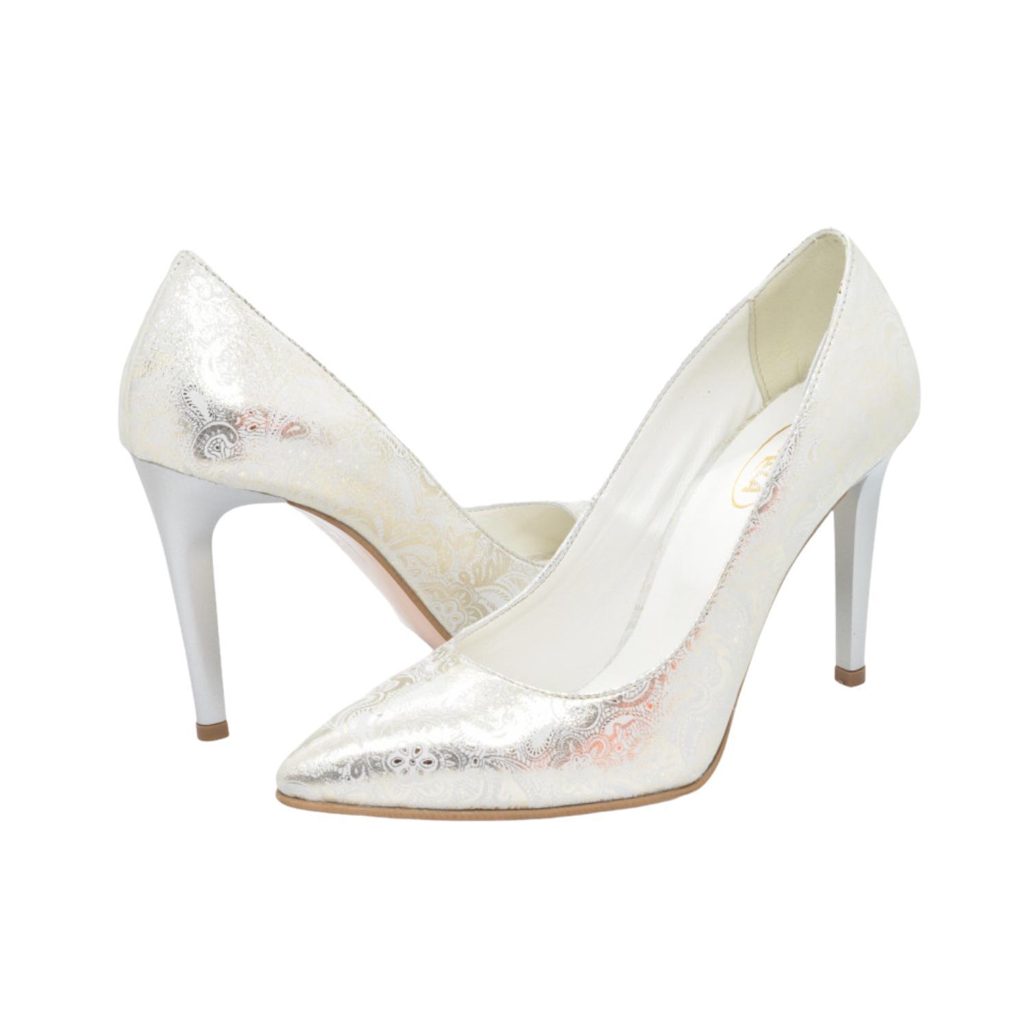 Pantofi argintii cu imprimeu abstract