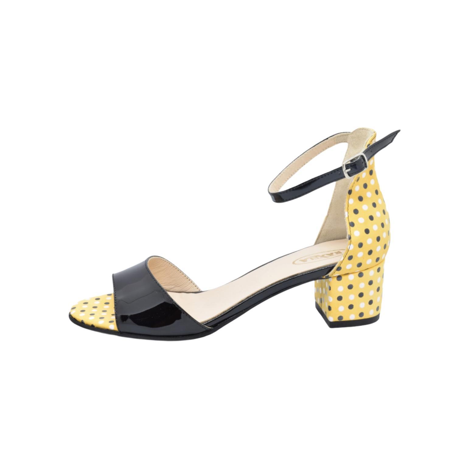 Sandale negre cu imprimeu galben cu buline
