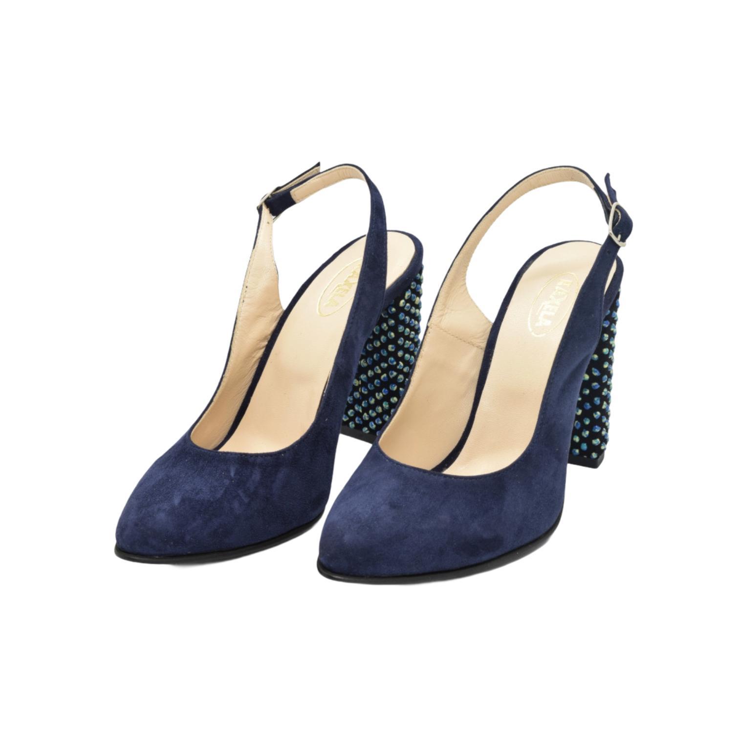 Pantofi decupati bleumarin cu toc cu aplicatii sferice
