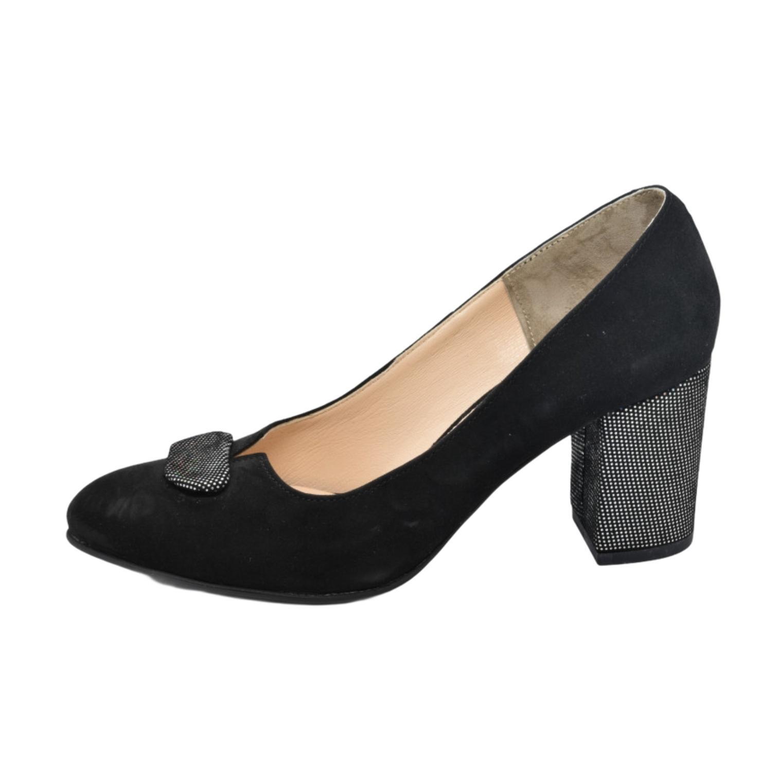 Pantofi negri cu toc si accesoriu sclipitoare