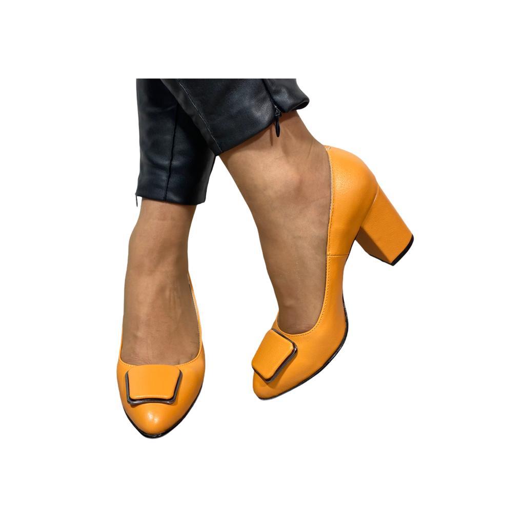 Pantofi kavun cu accesoriu metalic