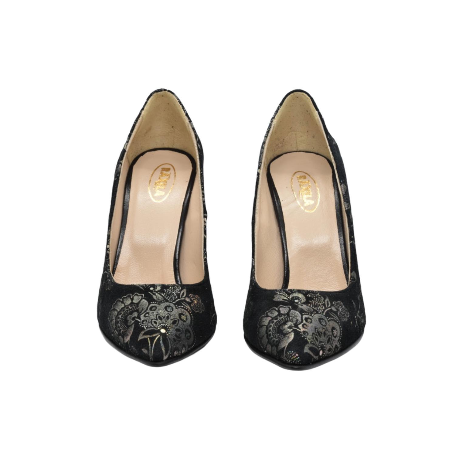 Pantofi negri cu imprimeu floral argintiu