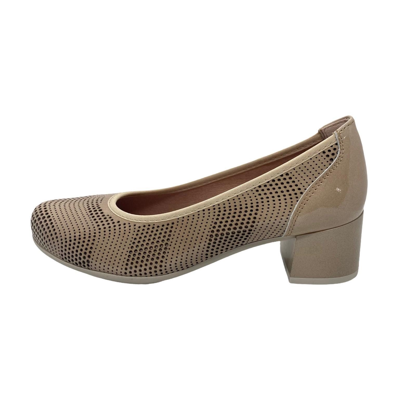 Pantofi Pitillos bej cu perforatii