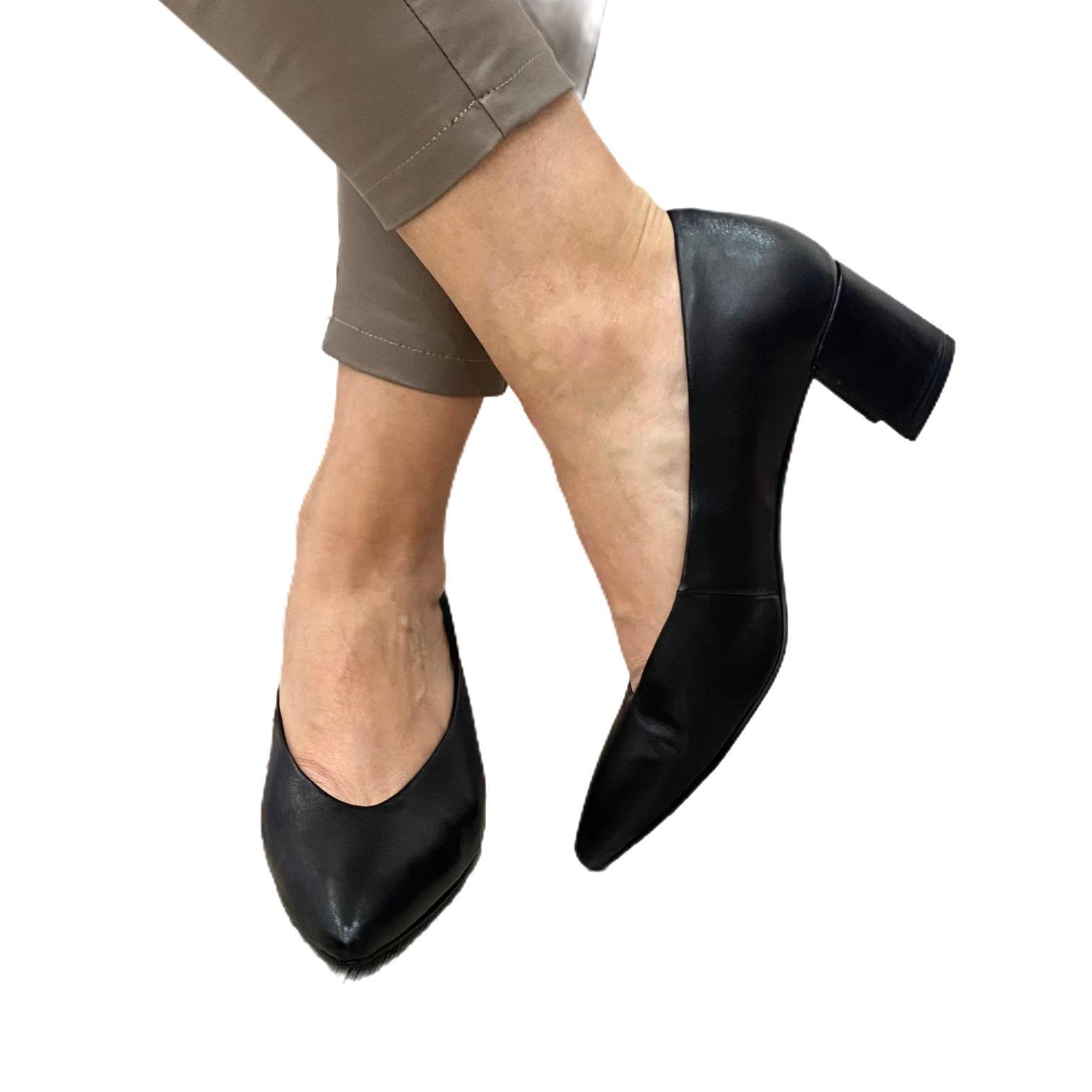 Pantofi Marco Tozzi negri