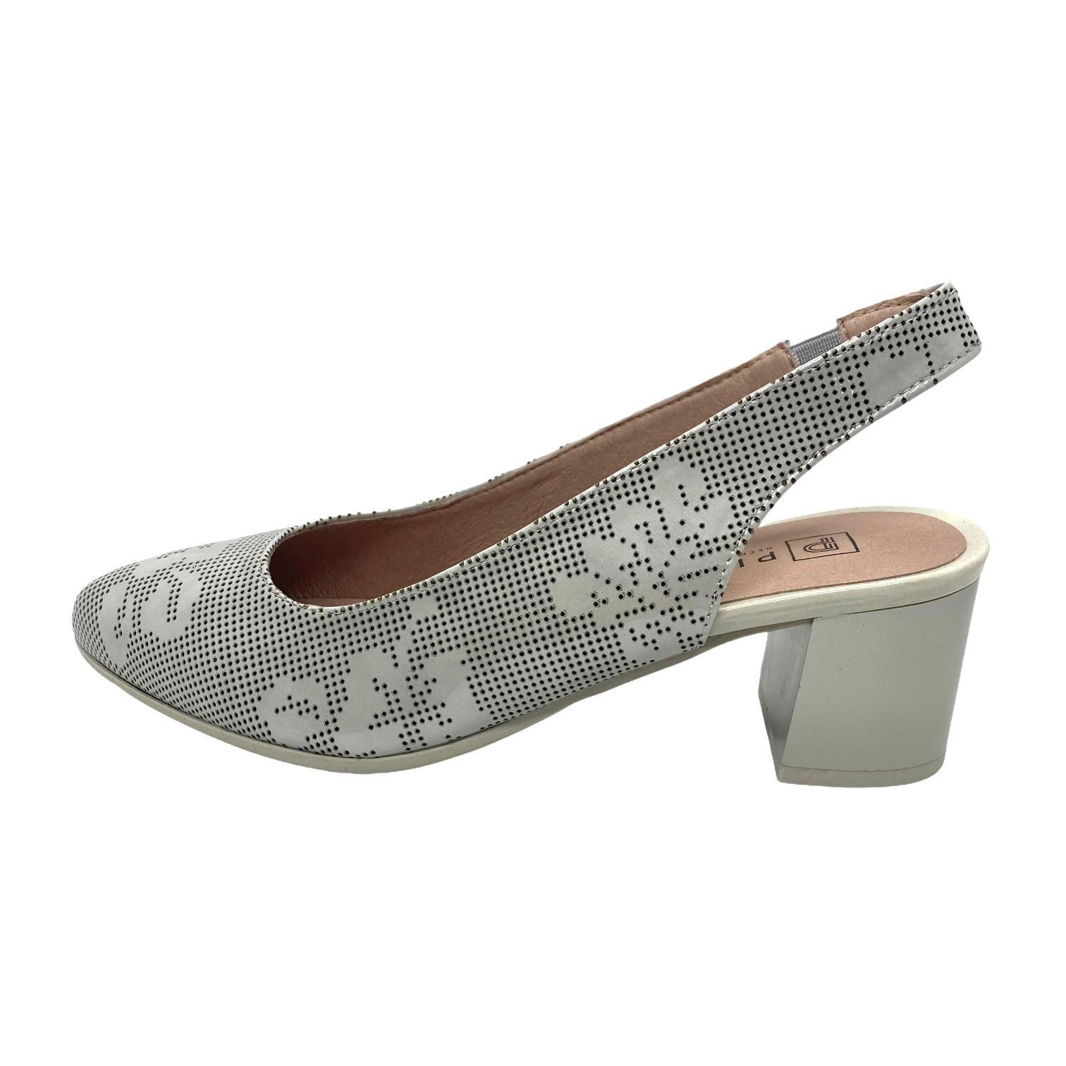 Pantofi decupati Pitillos gri cu perforatii si model