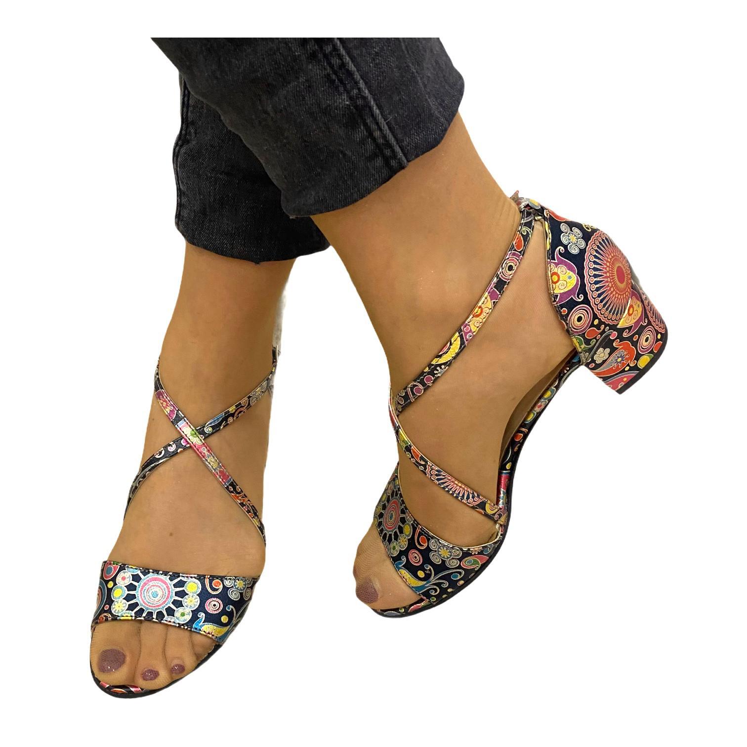 Sandale multicolore cu model si barete incrucisate