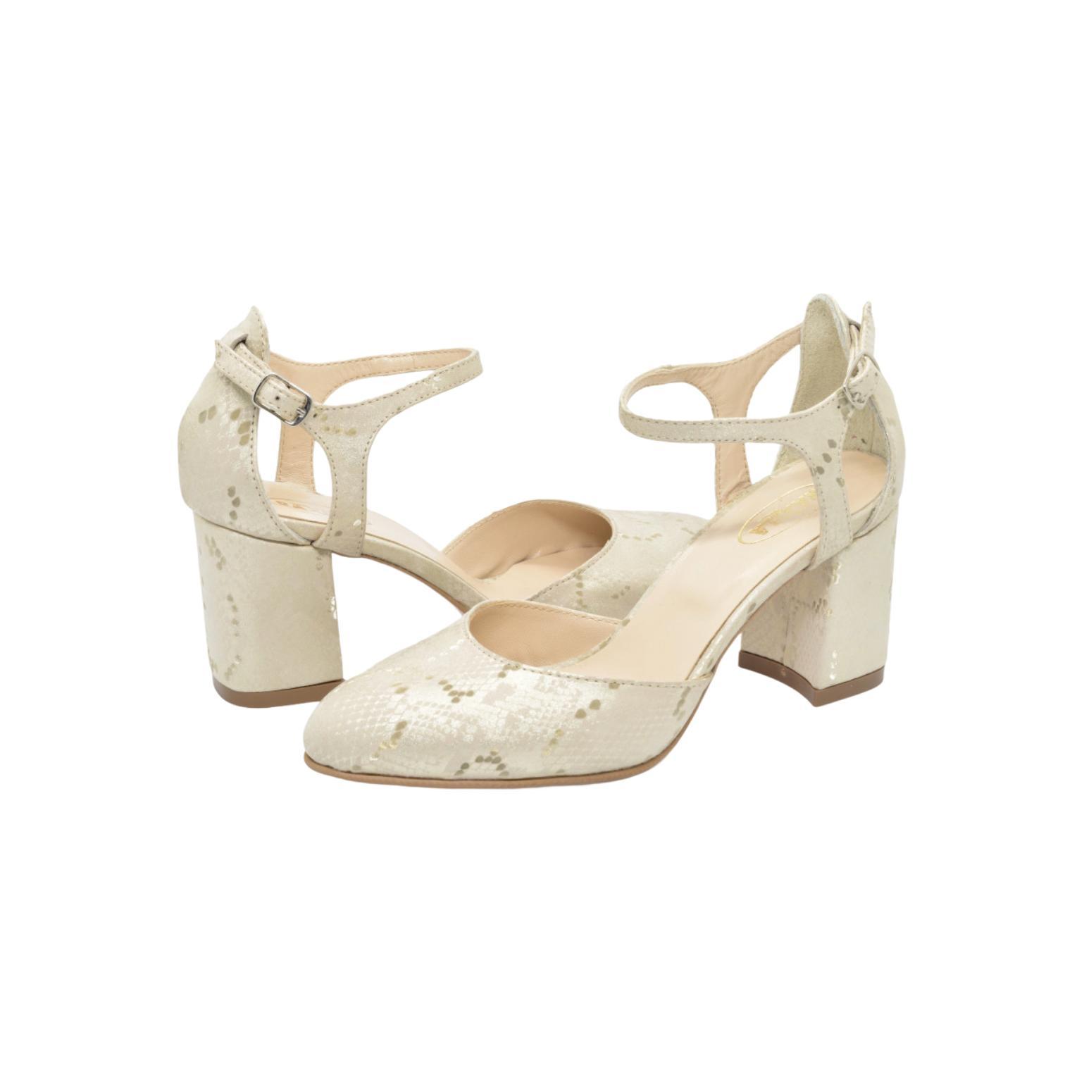 Pantofi decupati aurii cu imprimeu