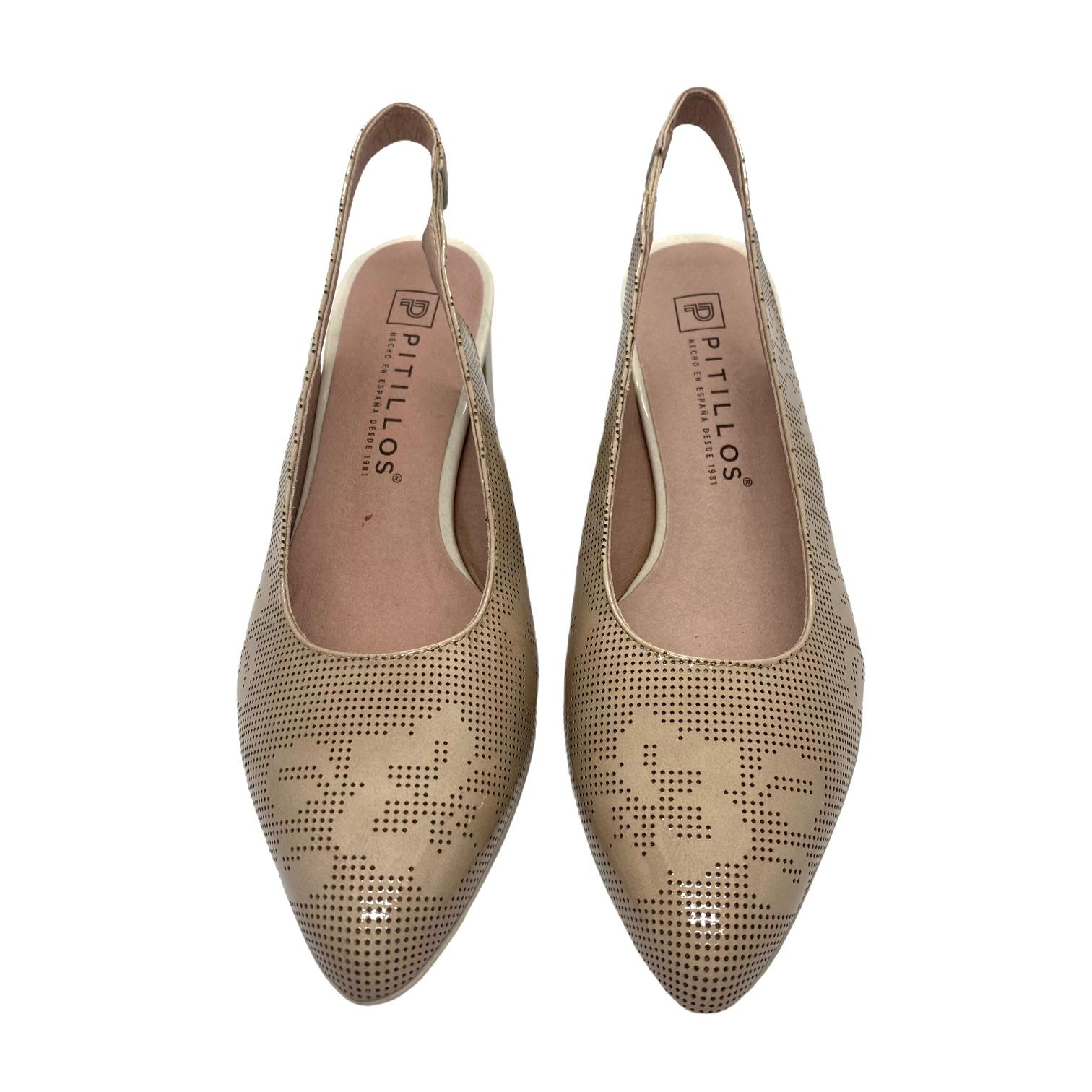 Pantofi decupati Pitillos bej cu perforatii si model