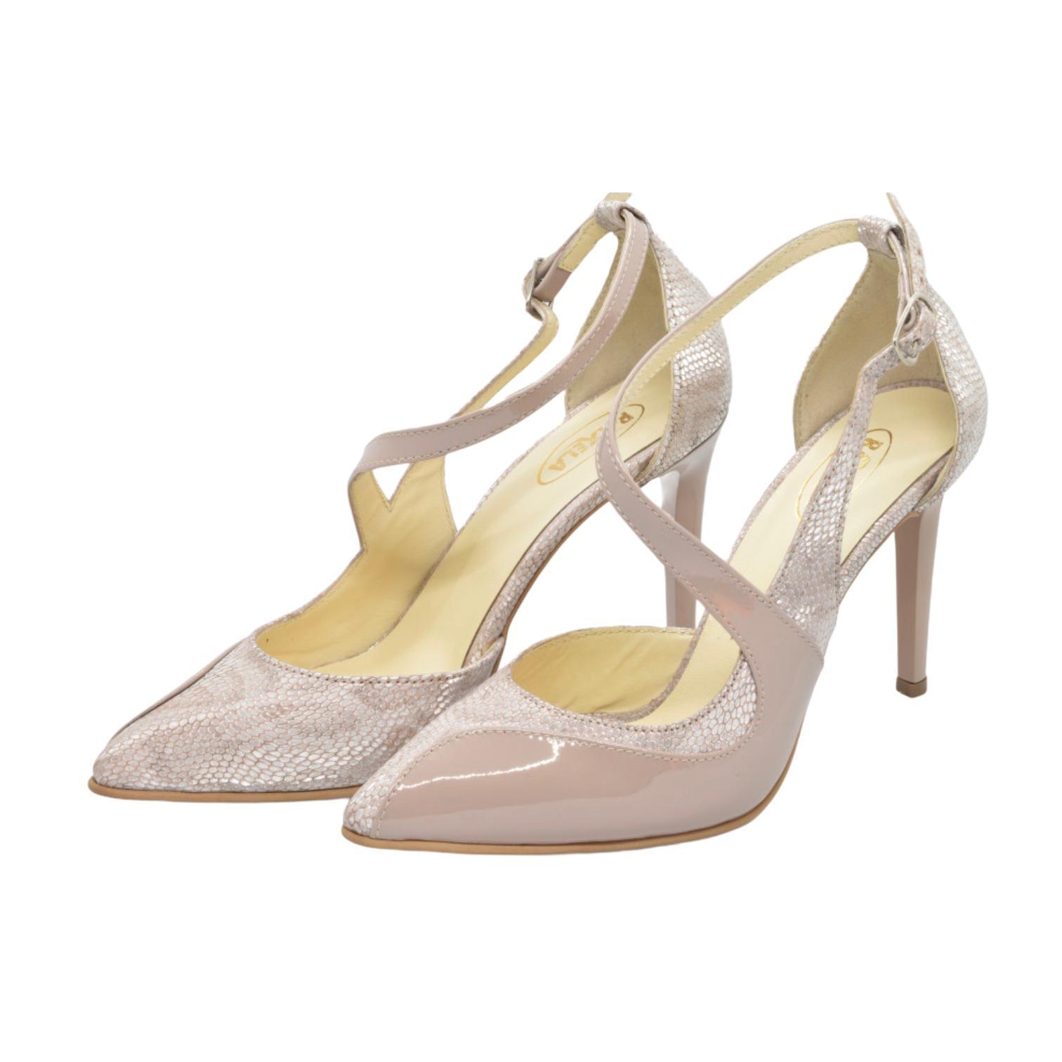 Pantofi decupati bej combinati cu piele pudra
