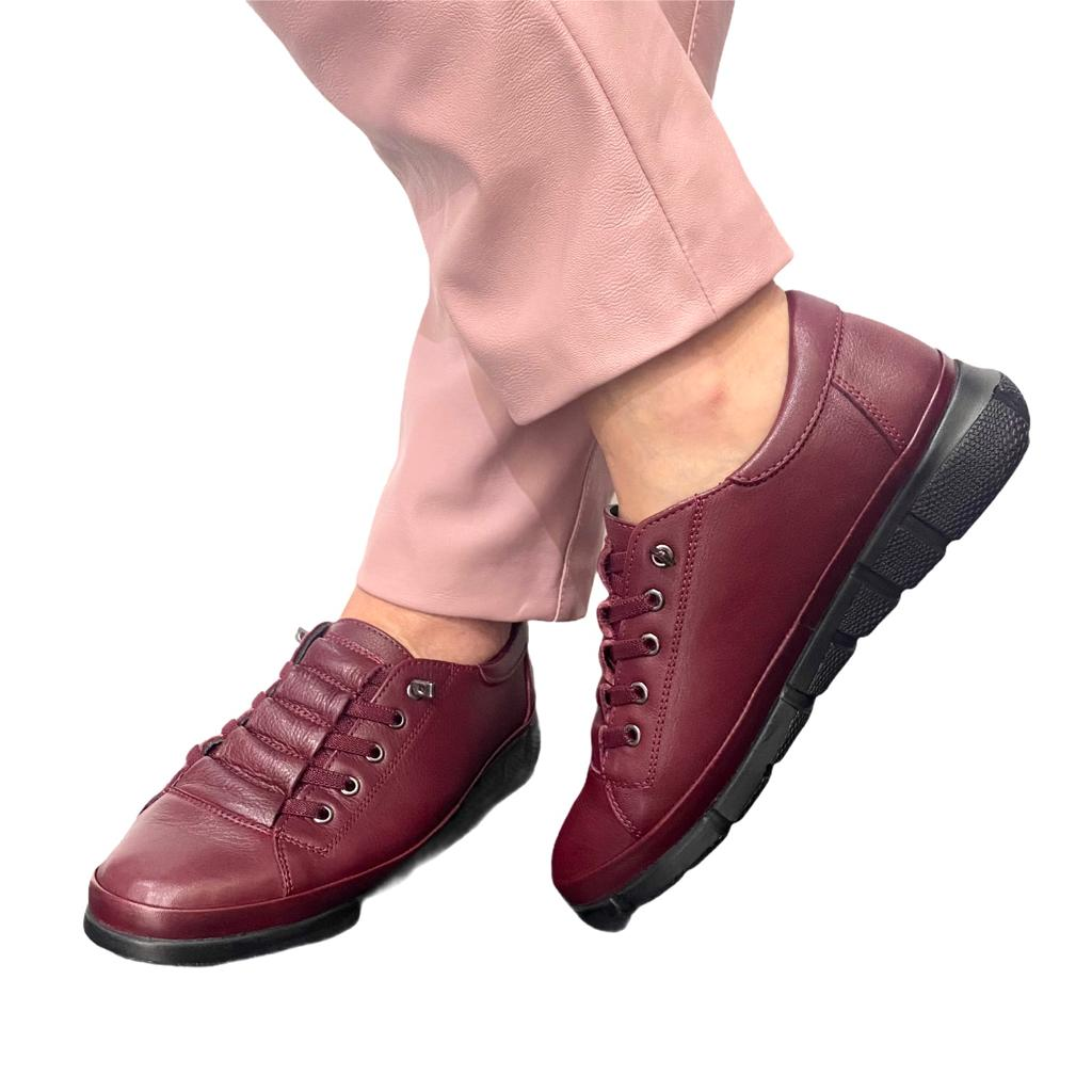 Pantofi bordo cu siret