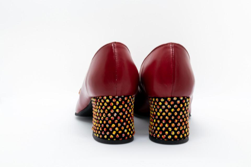 Pantofi rosii cu fundita