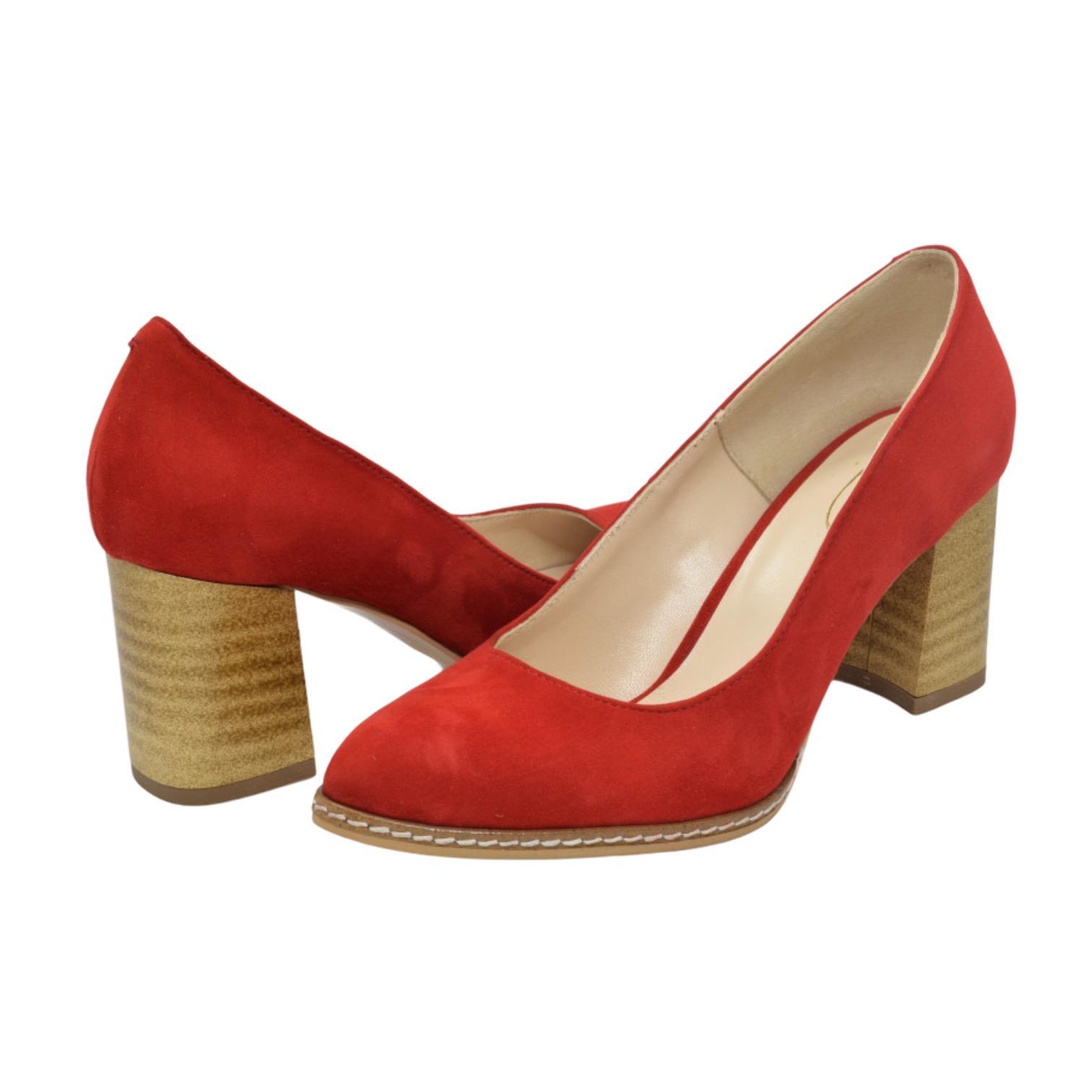Pantofi rosii cu toc vintage
